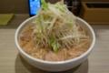 半チャーシュー麺大盛(800円)太麺・ヤサイ