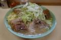 ミニラーメン(600円)+豚増し(100円)ニンニク