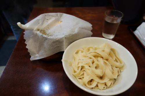 頂天石焼麻婆刀削麺(900円)
