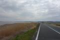 直線のサイクリングロード