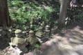 常楽寺の五輪塔群1