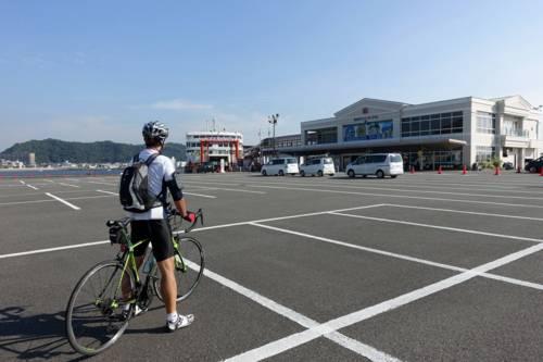 久里浜港に到着