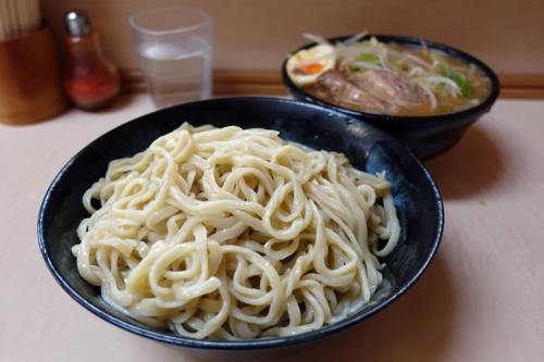 みそ付け麺(麺)ヒヤモリ