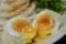 半熟卵天を割る