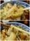 肉南蛮の具と蕎麦を手繰る