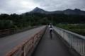 柳大橋で荒川を渡る