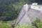 横から見た滝沢ダム
