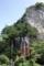 観音堂の背後の大岩壁