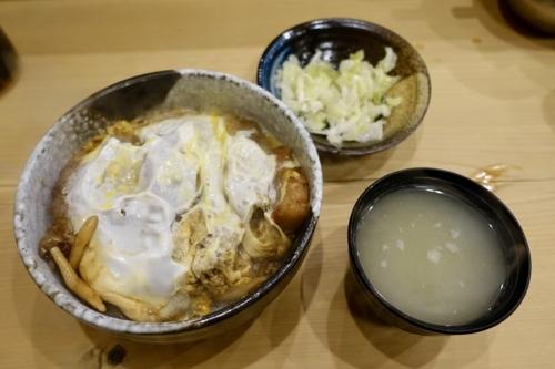 かつどん定食(1500円)