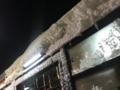 雪の積もったバス