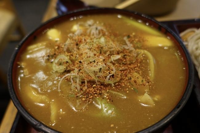 カレーつけ汁・セルフ七味唐辛子