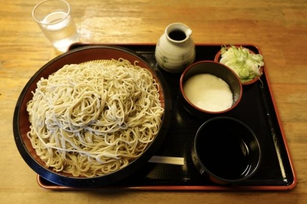 恵み蕎麦【特盛700g】(800円)+とろろ(100円)