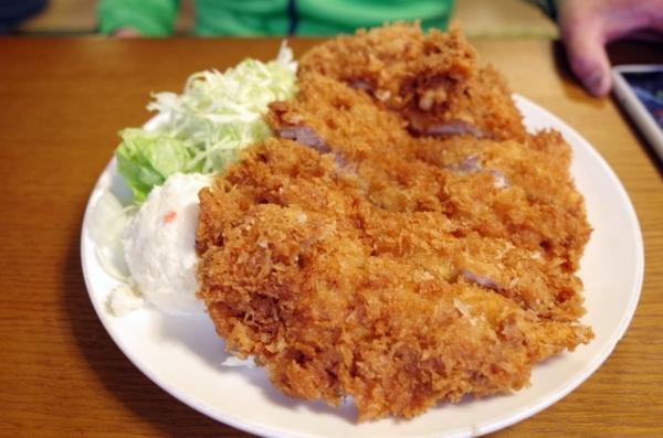 ジャンボチキンカツ定食(1000円)