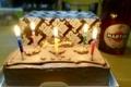TOPSのbirthday cakeとchampagne