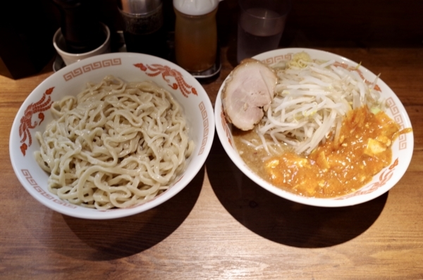 つけ麺フュージョン(850円)+大盛(100円)