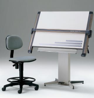 購入した製図台