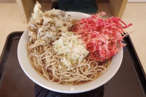 紅生姜天ぷらそば(420円)+特盛(200円)+まいたけ天(120円)