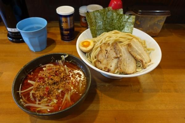 ガッツリ旨辛つけ麺(880円)