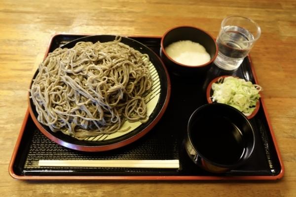 黒胡麻ダッタン蕎麦【大盛550g】(750円)+とろろ(100円)