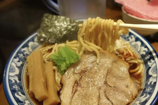 自家製麺の太麺