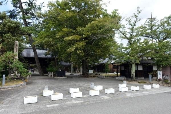 渡岸寺 観音堂