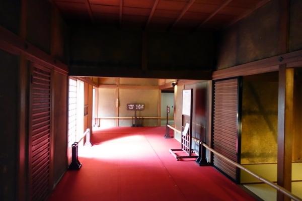 表御殿の復元入口