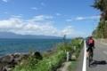 長命寺から湖岸線を北へ