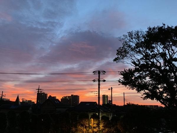 台風一過の朝焼け