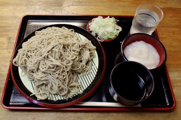 北海道摩周産地粉切り新蕎麦(800円)+鯖出汁変更+とろろ(100円)