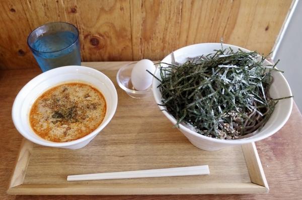 スタミナ坦々冷そば【生卵付】(850円)+大盛(100円)