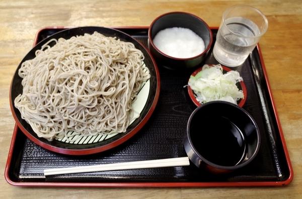 特製牡丹蕎麦【大盛550g】(800円)+とろろ(100円)+鯖出汁変更(0円)
