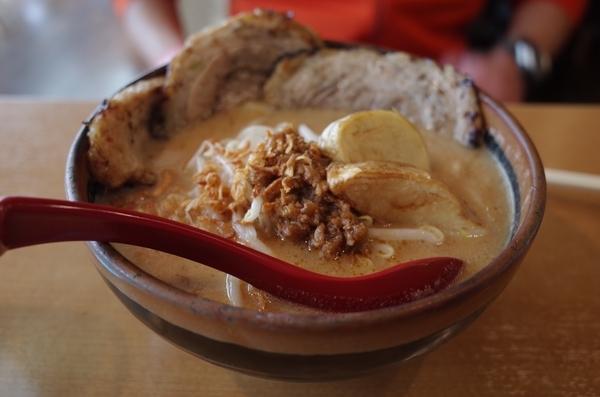 北海道味噌漬け炙りチャーシュー麺(1100円)