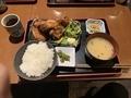 唐揚げ定食(900円)