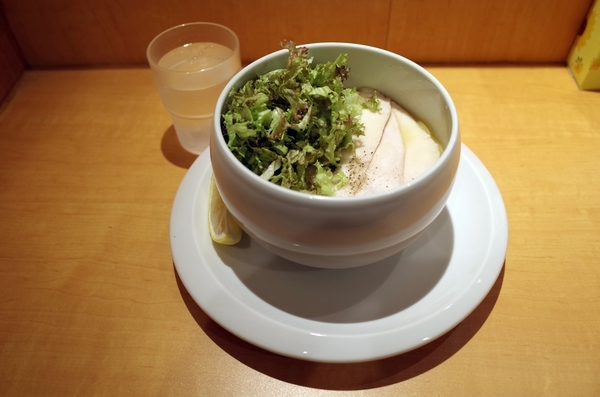 鶏白湯塩(850円)+大盛(100円)