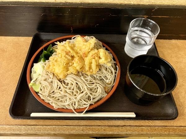 もりの特盛(520円)+かき揚げ(100円)