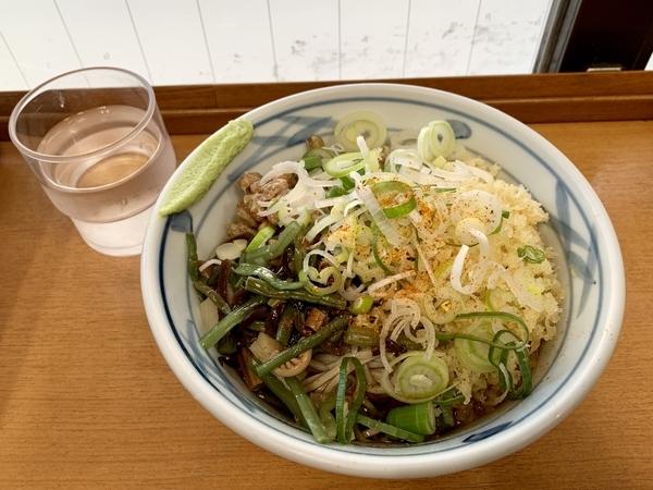 冷納豆そば(460円)+大盛り(80円)