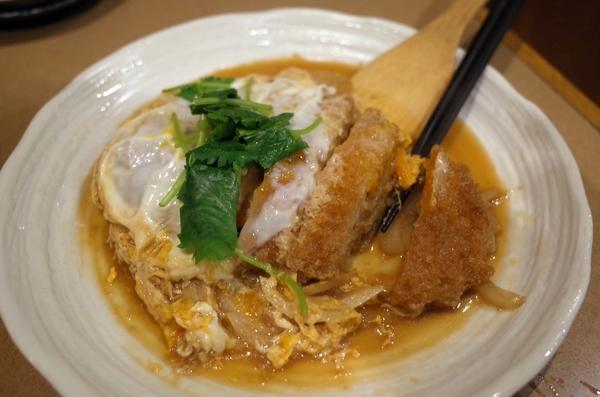 カツ煮(700円)