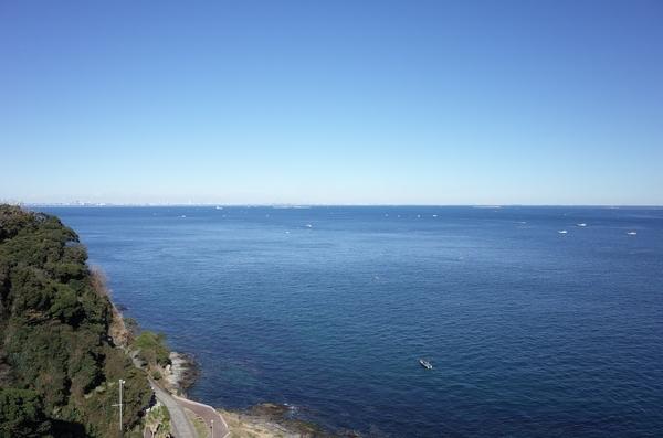 観音崎灯台から見た東京湾