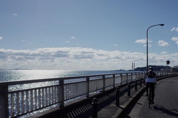 久里浜方面へ走る