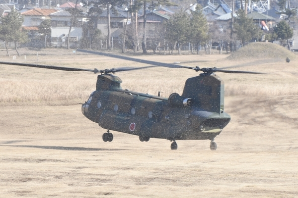 CH-47が着陸