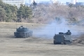 戦闘車の列