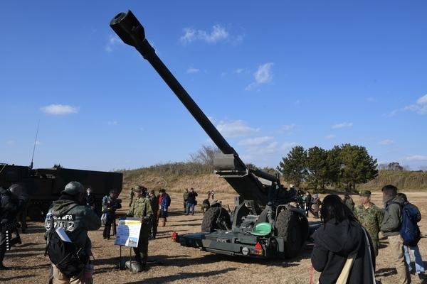 155mm榴弾砲