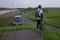 突然終わってしまった涸沼川北岸のサイクリングロード
