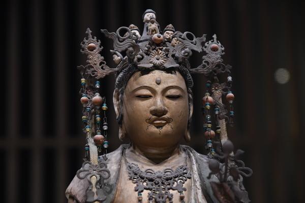 十一面観音坐像(「日吉山王二十一社本地仏」のうち)2