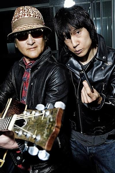 ギター:内田勘太郎 歌・ハーモニカ:甲本ヒロト