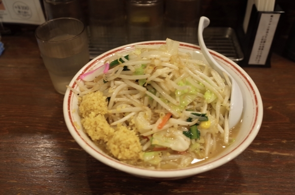 タンメン(730円)+麺大盛り(100円)+生姜トリプル