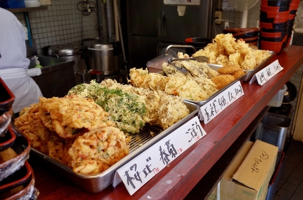カウンターの天ぷら
