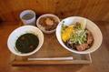バジル冷そば(850円)+牛スジごはん(250円)