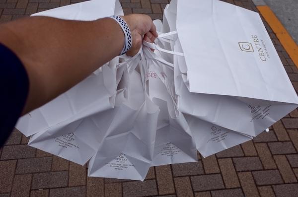 購入した三種×2の食パン