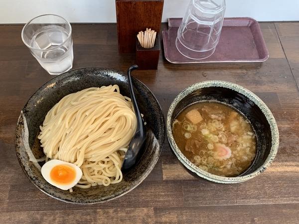 つけ麺(750円)+特盛【500g】(200円)